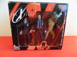 VINTAGE MCFARLANE TOYS THE X FILES SET MULDER , SCULLY & ATTACK  ALIEN # 16120