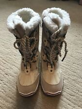 New Pajar Winter Boots color Cream / White size 6.5 - 7 US MSRP $128
