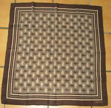 T. joli foulard vintage LACOSTE crèpe de soie silk scarf TBE 65 x 65