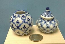Dollhouse Miniatures Set of 2 white & blue ceramic glaze jar & jar w/ lid urn