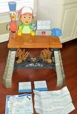 Handy Manny Fix-It Right Repair Shop Workbench & Flicker Flashlight Toy Playset