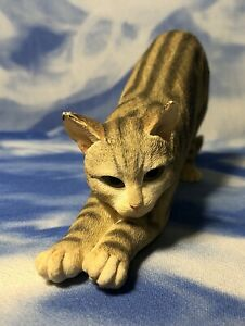 """HTF CA Country Artists """"Tabby - Stretching"""" Cat Figurine #01716 GUC As Is"""