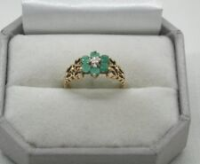 1970's Very Pretty 9ct Gold Emerald And Diamond Flower Ring