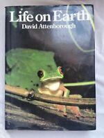 Life On Earth: A Natural History by David Attenborough