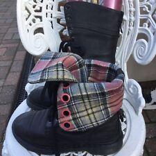 Doc Martens Triumph 1914 12hole Black/tartan Leather Boots Uk7/41 Good Condition