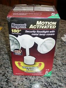 Regent 180° Motion Activated Security Floodlight MS185RW White NEW No Bulbs