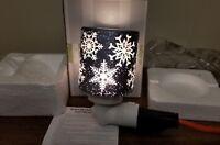 Scentsy Falling Snowflakes Plug In Warmer Nightlight- New