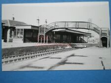 PHOTO  BATHGATE UPPER RAILWAY STATION LOCATED ON THE BATHGATE AND COATBRIDGE RAI