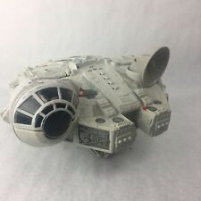 STAR WARS MILLENIUM FALCON SPACESHIP 2001 Hasbro C-060A