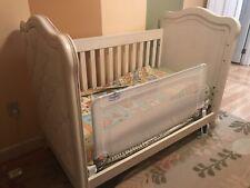 Bertini Tinsley Upholstered Crib Antique White Cream