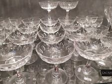Baccarat 12 Coupes à Champagne en Cristal taillé  Anciennes XIXeme