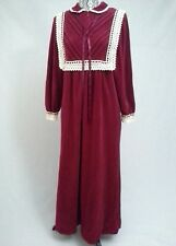 Vanity Fair Velour Robe Vintage Cranberry Zipper Crochet and Ribbon Detail Small