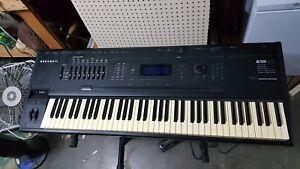 Kurzweil K2500 with Sampling Option, 76 Keys