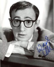 AUTOGRAPHE SUR PHOTO  20 x 25 de Woody ALLEN (signed in person) - video proof