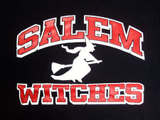 SALEM WITCHES BLACK T-SHIRT FLYING ON A BROOM MASSACHUSETTS HALLOWEEN SIZE M MED