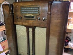 50% Sale   Antique ~ Farnsworth floor radio/television model ac-91 working