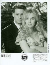 JASON PRIESTLEY JENNIE GARTH BEVERLY HILLS 90210 ORIGINAL 1994 FOX TV PHOTO