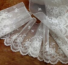 "EMBROIDERED 4"" NETTING LACE Imported RAYON 1yd Scallop Edges Floral Motif IVORY"