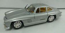 1988 Revell Mercedes Benz 300 SL 1:24 Diecast Opening Wing Doors RARE