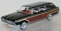 Model Car Group 1/18 MCG18073 - Ford Country Squire - Black