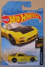 Hot Wheels 2018 Nightburnerz '95 MAZDA RX-7 4/10 yellow