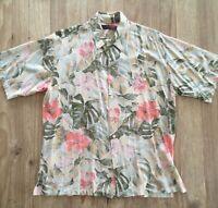 Tori Richard  Mens L Hawaiian Shirt Short Sleeve Rayon Beige Tan Floral Rayon