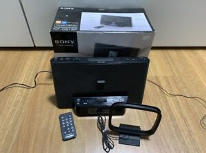 SONY ICF-DS15iP dock for iPhone / iPod with AM FM  working well!!