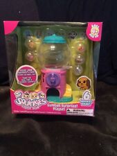 2010 Squinkies Gumball Surprize Playset with 6 Squinkies