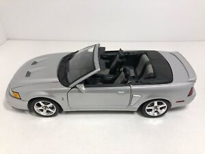 MAISTO 2003 FORD MUSTANG SVT COBRA CONVERTIBLE SILVER 1:18 SCALE FREE SHIPPING