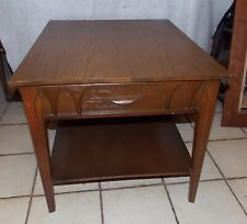 Mahogany Mid Century Formica Top End Table / Side Table  (T533)
