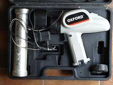 Pistola silicone a batteria. Poco usata.