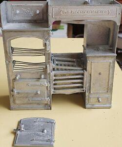 Dolls house furniture 1/12 scale  Phoenix Kitchener range / cooker