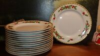 14 Gorham FESTIVE HOLLY Salad~Christmas       Holiday horderves Party Plates