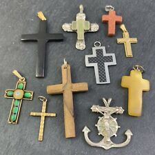 RELIGIOUS CATHOLIC JEWELRY LOT VINTAGE MODERN CROSS CHARM NECKLACE PENDANT