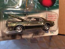 1968 Pontiac firebird HO gold chrome johnny lightning 2001 Holiday Classic 1/64