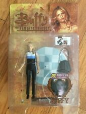 BUFFY VAMPIRE SUPERFAN PACKAGE FIGURES, DEFENSE KIT W/COMIC, XMAS GIFTS W/BIN