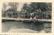 Foto, Wehrmacht, Frankreich - Überfahrt über Pionierbrücke 2, 1940; 5026-71