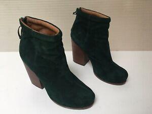 Jeffrey Campbell Rumble Bootie Size Green Suede Block Heel Size 7.5M Back Zip