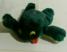 Freegle Frog vintage plush toy Russ Berrie 1970s era