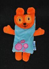 Peluche doudou chien plat LES INCOLLABLES pochette orange bleu ronds roses TTBE