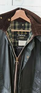 Barbour Border C38 Men's M (46in) green waxed country field jacket