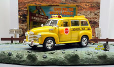 1:36 KINSMART CHEVROLET SUBURBAN 1950 SCHOOL BUS -  Perfect for Diorama use