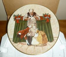 Nib Norman Rockwell 1978 Christmas Plate *Puppets For Christmas*