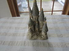 David Winter Collectible Fairytale Castle 1982 early mint condition John Hine