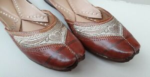 Traditional Khussa Shoes punjabi Jutti Mojari ethnic dress shoes jooti flip flop