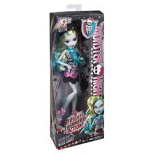 Monster High HAUNTLYWOOD Black Carpet LAGOONA BLUE Frights Camera Action Doll !