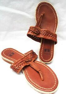NEW FRYE Size 7.5M Slide Flat Sandals Leather, Thong, Braided strap