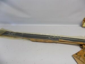 New OEM 1998-2008 Ford Crown Victoria Front Right Door Body Side Molding Trim