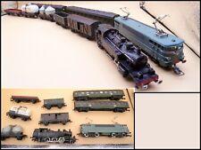 LOT HORNBY acHO 2 LOCOMOTIVES SNCF + 7 WAGONS TRAIN ELECTRIQUE HO