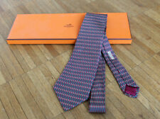 Original Hermés Krawatte - 100% Seide rot/gelb/grün gemustert - inkl. Box - neu